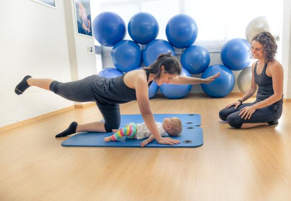 Yoga-Pilates Post-Parto con Bebés  d21c3b143430